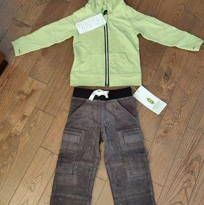 BNWT Peekaboo Beans hoodie and pants